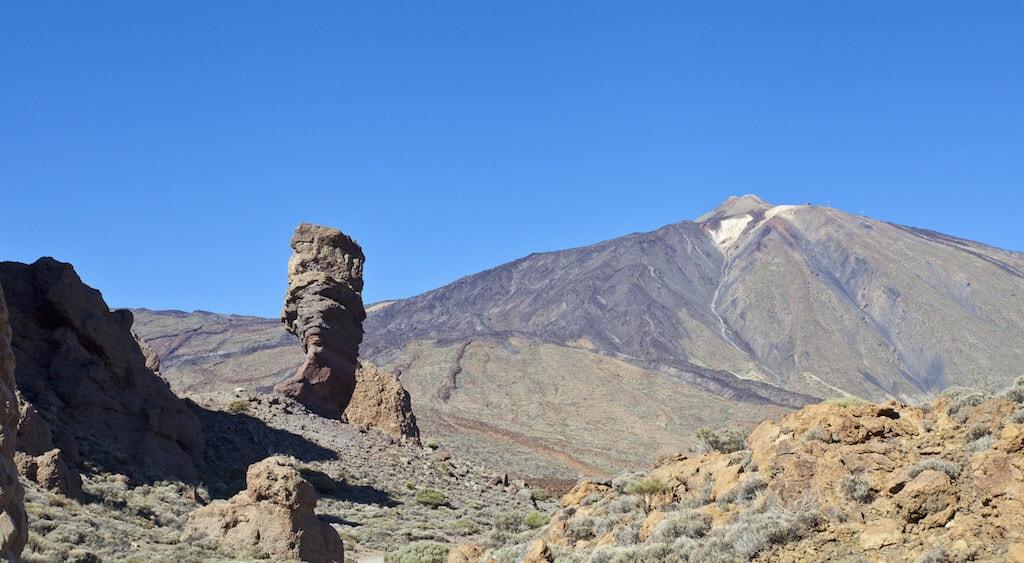 Roque_Cinchado,_Parque_Nacional_del_Teide,_Tenerife,_España,_2012-12-16,_DD_07
