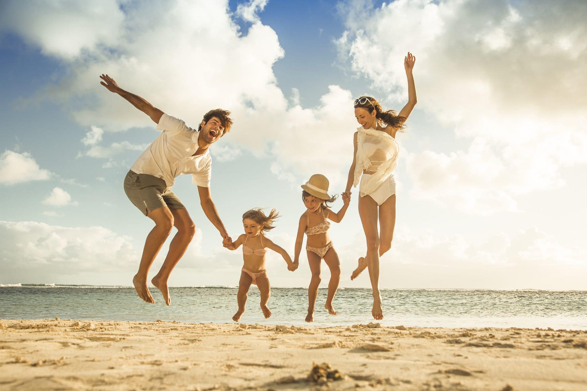Семейный отдых на море фото